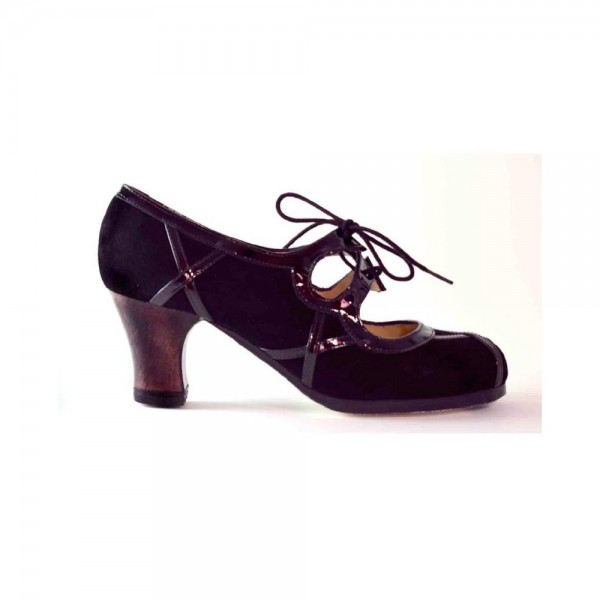Zapato de flamenco. Modelo Barroco Cordones
