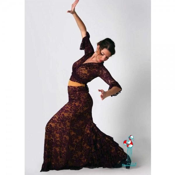 Falda de ensayo de baile flamenco. Modelo Lagar flamenca bailando