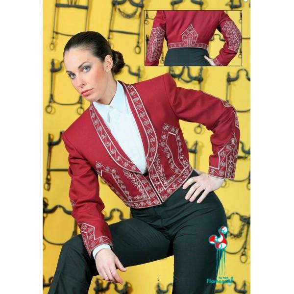 Conjunto chaqueta bordada cartujana  y calzona elástica con caireles