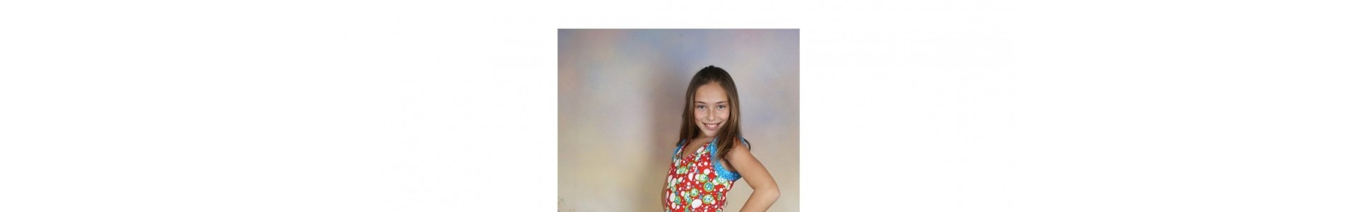 Outlet. Y tu tan flamenca. Trajes de flamenca para niñas de 14 años.